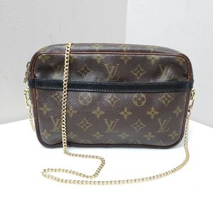 Authentic Louis Vuitton vintage monogram crossbody